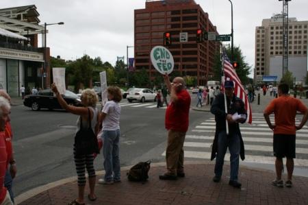 Manifestanti a Philadelphia