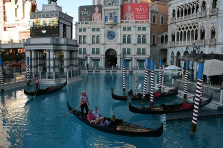 gondole davanti al The Venetian
