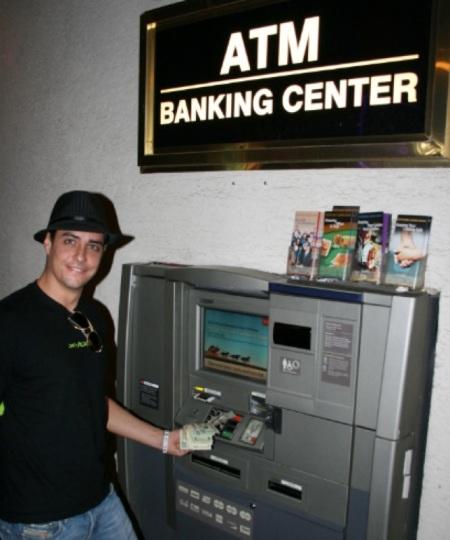 Tinto al bancomat