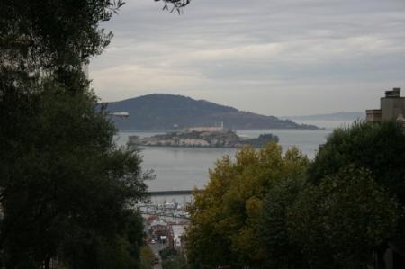 l isola di Alcatraz sullo sfondo